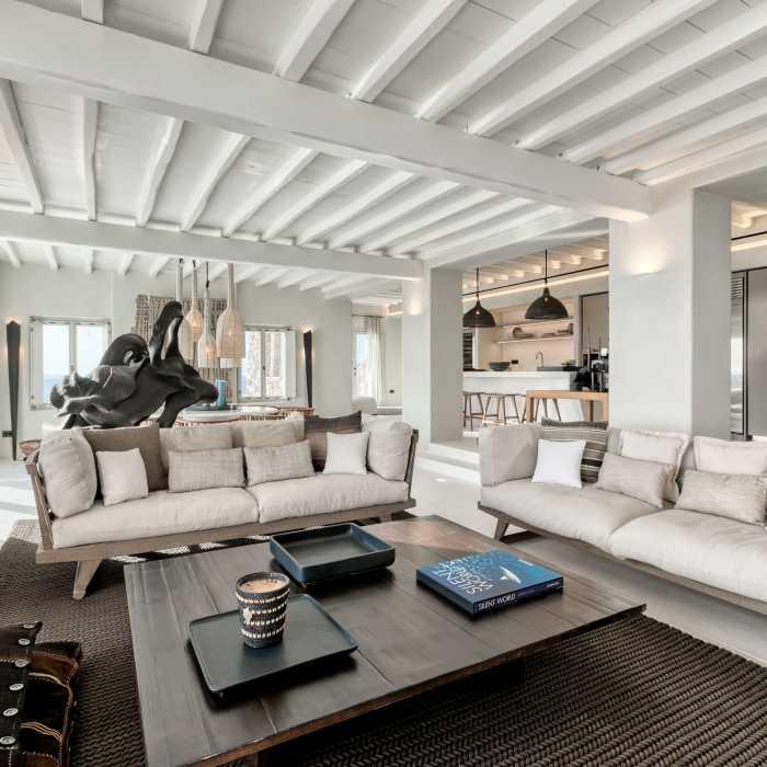 Living room (Unit A)